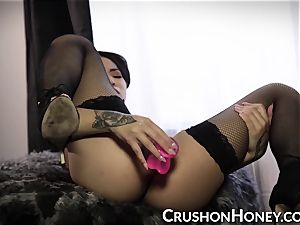 interracial stunner Gold ravages herself with a pink dildo