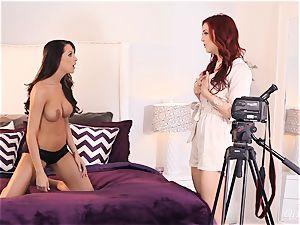 Jayden Cole tempts sexy audition gal Kortney Kane