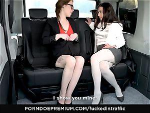 nailed IN TRAFFIC Pretty babe vag plowed in van