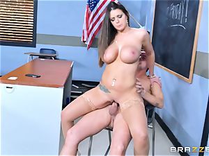 Brooklyn chase nails her student Jessy Jones