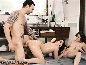 Caught My hubby Showering with massagist and I Joined