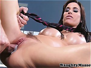 babe with shiny boobies gets a creampie