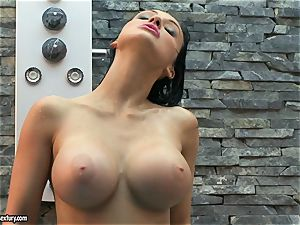 Aletta Ocean drizzle her boobs with water from shower