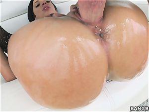 ample backside Jada Stevens thrashed in her poon