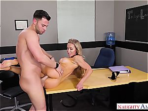 The best teacher Nicole Aniston wants cock for her blessing